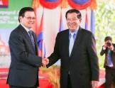 柬军方已调动两师兵力应战 洪森明日赴老挝促撤军